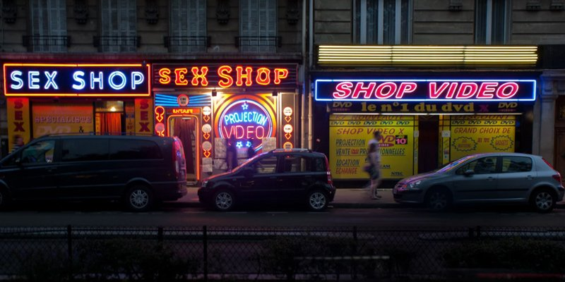 6 Rules when Visiting a Sex Shop